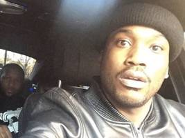 """Meek Mill Digs Super Deep For Throwback Thursday: """"GRIMEY ..THIRSTY…STARVING & HUNGRY"""""""