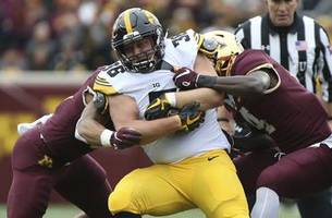 hawkeyes face familiar offense in trip to indiana