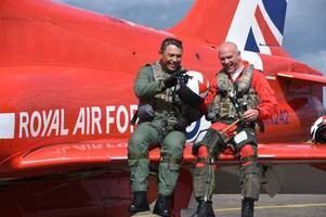 'it's been an incredible privilege' - the longest serving red arrows pilot ever takes to the skies for the final time