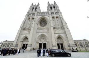 slain gay youth's remains to be interred at  national cathedral
