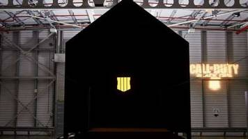 call of duty: black ops 4 players experience the game in world's darkest room ahead of release