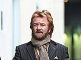 noel edmonds prepares to sue lloyds for £300m within weeks
