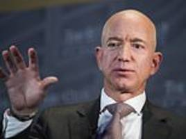 Jeff Bezos predicts there will soon be a TRILLION humans living on other planets