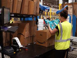 prime members spend way more on amazon than other customers — and the difference is growing (amzn)
