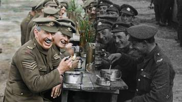 peter jackson: lord of rings director's ww1 movie they shall not grow old opens