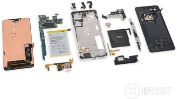ifixit's teardown of the pixel 3 confirms the display is supplied by samsung