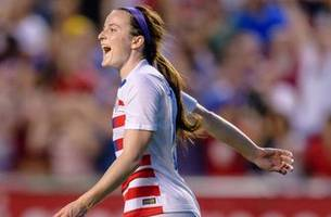 Rose Lavelle scores the opening goal against Canada   2018 CONCACAF Women's Championship