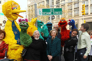Big Bird, Oscar the Grouch Puppeteer Caroll Spinney Retires After Nearly 50 Years on 'Sesame Street'