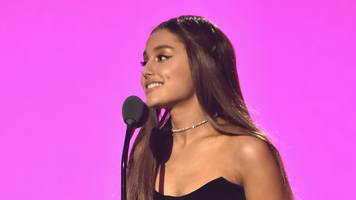 Ariana Grande takes social media break