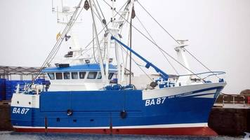 'brave' effort to save overboard fisherman, inquiry hears
