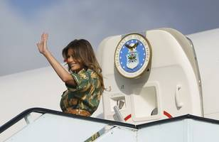 Plane carrying first lady Melania Trump turns around after 'burning' smell reported on board