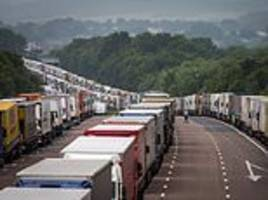 government prepares for more than 10,000 lorries parked on kent's roads post brexit