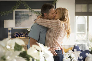 'Dirty John' Trailer: Connie Britton and Eric Bana Have a 'Toxic' – But Really Hot – Relationship (Video)