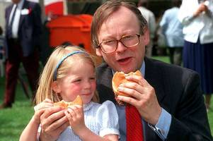 bse crisis: when john selywn gummer fed his daughter beefburger