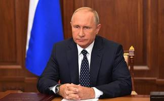 putin says russia will deploy hypersonic weapons in the 'coming months'
