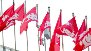 Ol' Crimson and College GameDay: How a Washington State Flag Became a Show Staple