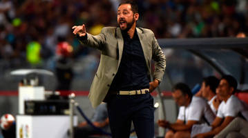 Sevilla Coach Pablo Machin Brings Balance, Perspective to Surprise First-Place Start