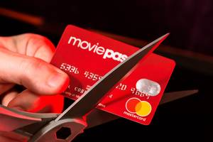 the parent company of moviepass just gave another indication that shareholders are balking at its plan to reverse split its stock (hmny)