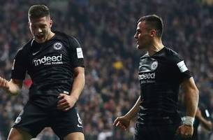 Luka Jovic's acrobatic goal doubles Frankfurt's lead over Dusseldorf | 2018-19 Bundesliga Highlights