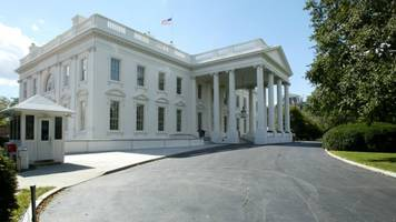 white house aides reportedly got into 'explosive' shouting match