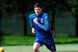 kyle lafferty apologises to rangers for northern ireland saga as steven gerrard reveals support for striker