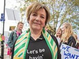 delia smith, richard bacon and mariella frostrup join anti-brexit march