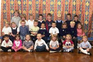 16 hull primary school class pictures from the early noughties