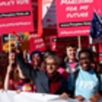 Marchers clog streets of London to demand new Brexit vote