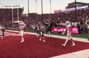 Check out Washington State's 3rd TD and celebration, up close and personal | FOX FIELD PASS