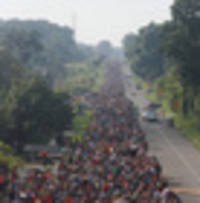 migrant caravan swells to more than 5000 as group marches towards us