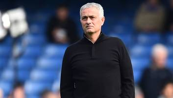 jose mourinho claims 2-2 draw is 'awful' for man utd but 'phenomenal' for chelsea