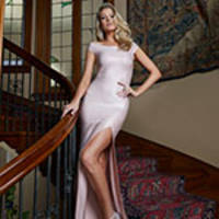 Marciano Los Angeles Unveils the Holiday 2018 Collection and Advertising Campaign