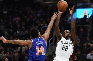 bucks improve to 3-0 behind middleton's 3-point shooting