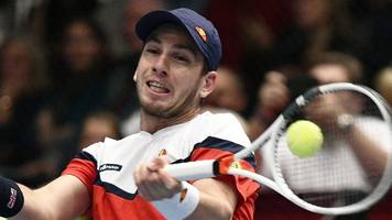 frustrated norrie beaten by isner in vienna