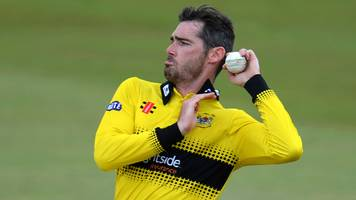 Chris Liddle: Gloucestershire left-arm seamer signs one-year contract extension