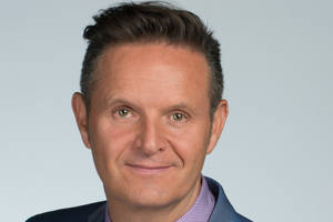 mark burnett won't face criminal charges from tom arnold scuffle
