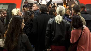 london commuters fainting in 'alarming' numbers