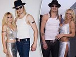 ariel winter and beau levi meaden don convincing pamela anderson and kid rock costumes for halloween