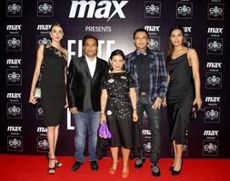 veronica ruby and prateek singh winners of max elite model look india 2018