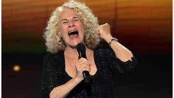 carole king calls new anti-trump song 'a call to action'