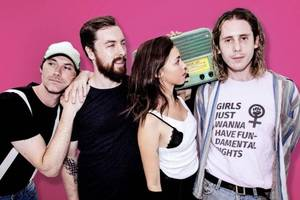 beach riot share new fizzer 'good to know (that i'm still on your mind)'