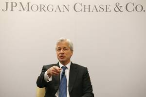 on bitcoin's 10th birthday, jp morgan ceo says he doesn't 'really give a shit' about it