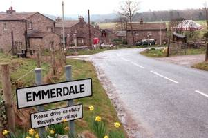emmerdale christmas tours - how to book your tickets