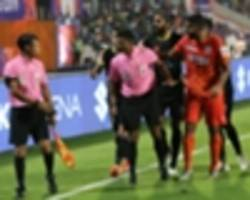 isl 2018-19: refereeing decisions court controversy in kerala blasters' draw with pune city