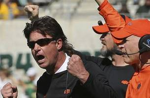 gundy: oklahoma state may bench players over bad penalties