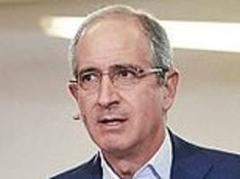 we come in peace: comcast chief brian roberts launches charm offensive after £30bn takeover of sky