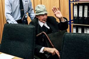 former ss guard aged 94 goes on trial for nazi death camp murders