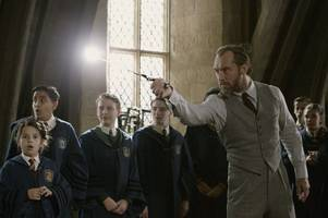 win tickets to premiere screening of fantastic beasts: the crimes of grindelwald