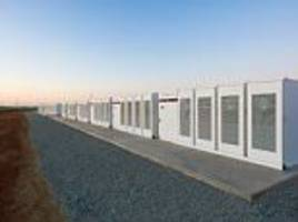 elon musk close to producing biggest battery in australia
