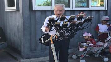 this grandpa's savvy 'pokémon go' strategy might be the best yet